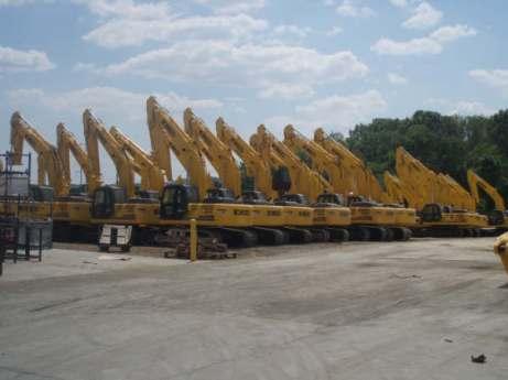 Parque de producto terminado en la planta de Kobelco en Calhoun, Georgia. Estados Unidos. 2007.
